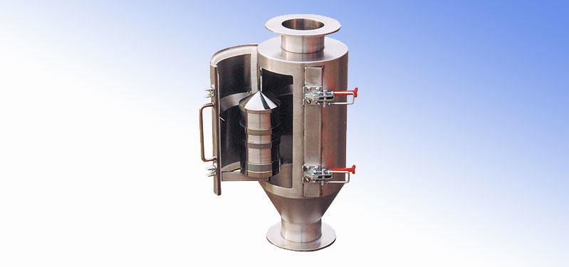 Separators for pneumatic transport line