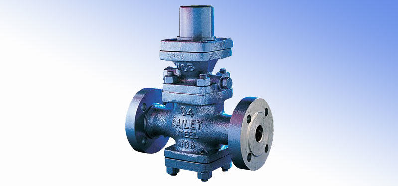 Pilot controlled pressure reducing valve