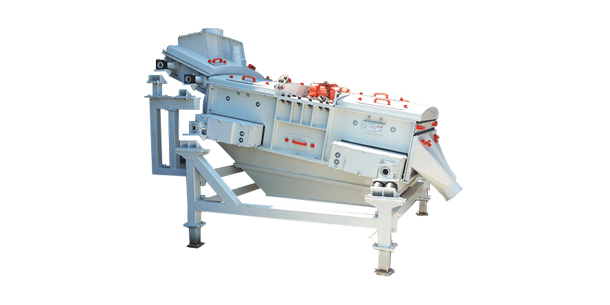 Dewatering screening machines